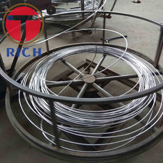 China ERW Welded Carbon Steel Pipe / Alloy Steel Tube Round Shape Zinc Coating supplier