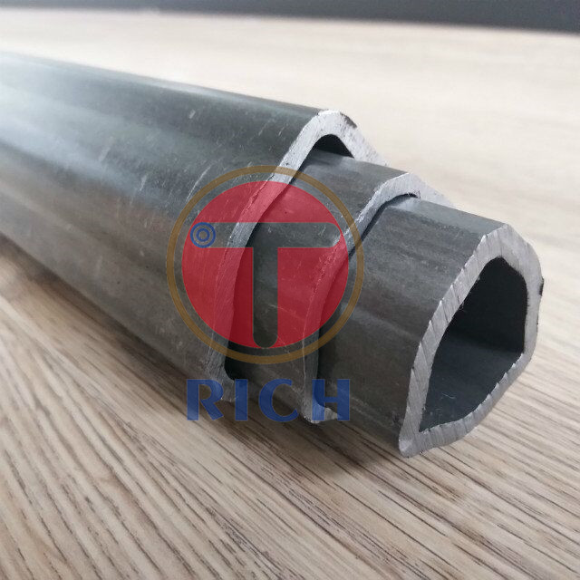 DIN 2391 Carbon Seamless Special Steel Pipe Triangle Shape For Machineries